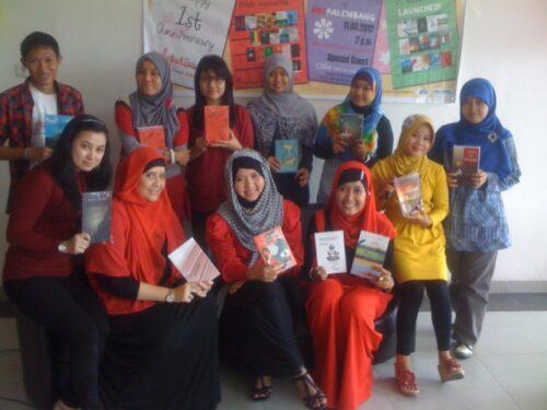 Launching Buku Secangkir Kopi & Pelangi Setelah Hujan
