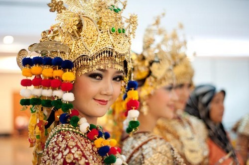 Pesona Sumatera Selatan Memukau Mata Dunia, Pesona Sumatera Selatan Memukau Mata Dunia, Jurnal Suzannita