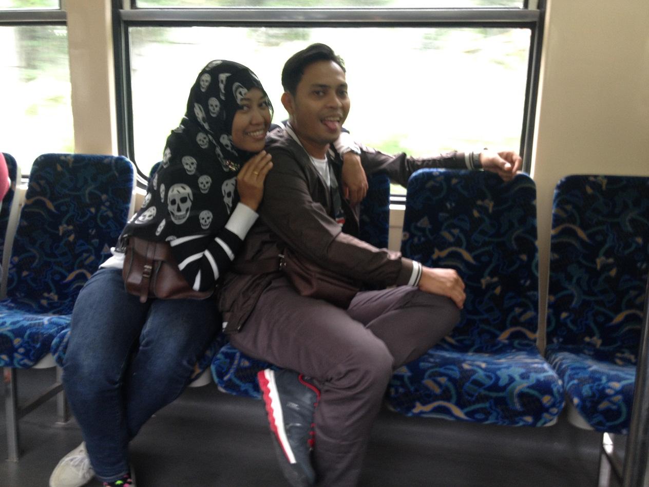 liburan bersama pasangan