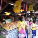 Lapak di Pasar Terapung Khlong hae