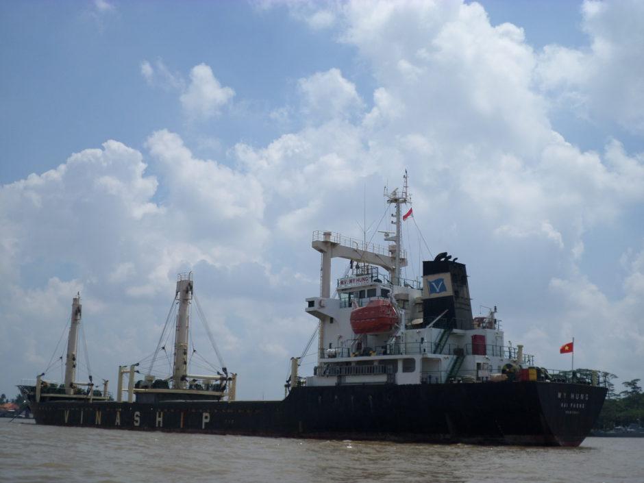 Ke Palembang Wajib Wisata Sungai Musi, Ke Palembang Wajib Wisata Sungai Musi, Jurnal Suzannita