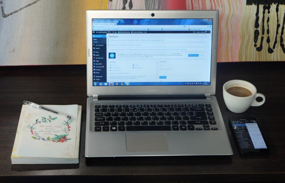 Maksimalkan Fungsi Smartphone Sebagai Blogger Jurnal Suzannita