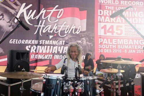 Kunto Hartono Jalani Rekor Dunia NgeDrum 145 Jam, Kunto Hartono Jalani Rekor Dunia NgeDrum 145 Jam, Jurnal Suzannita