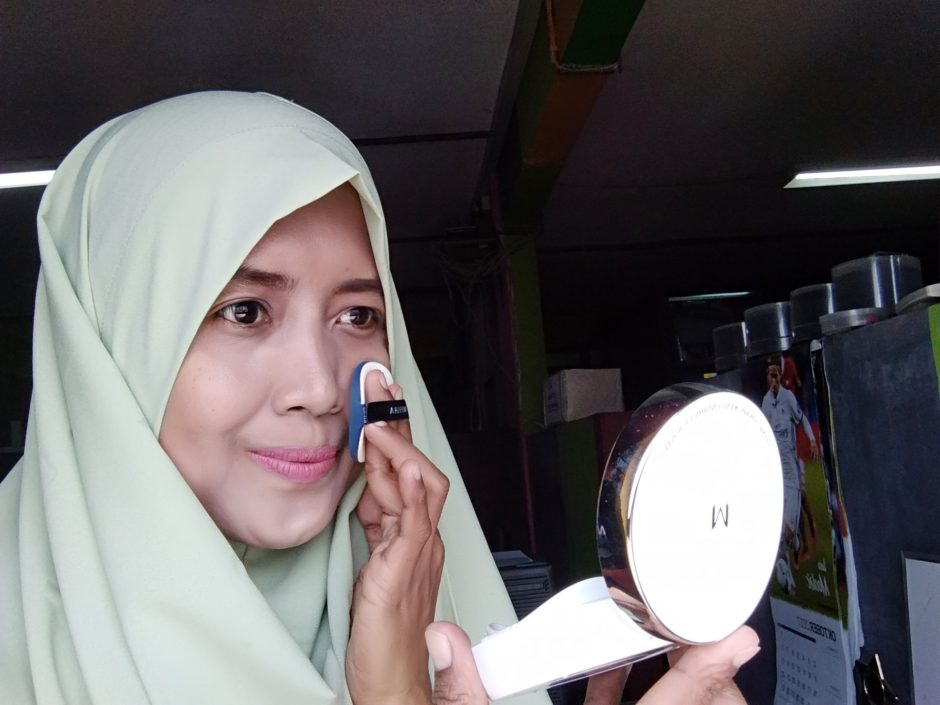 Suzan dengan MISSHA M Magic Cushion No. 23