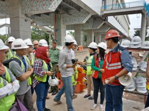 Kunjungan di Stasiun LRT Jakabaring