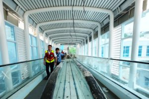 Travelator Sky Bridge Bandara SMB II Palembang
