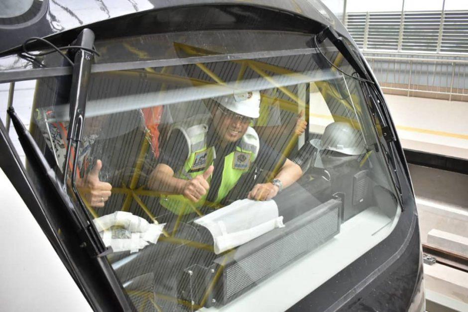 Pengalaman Jadi Penumpang Pertama LRT di Palembang, Pengalaman Jadi Penumpang Pertama LRT di Palembang, Jurnal Suzannita