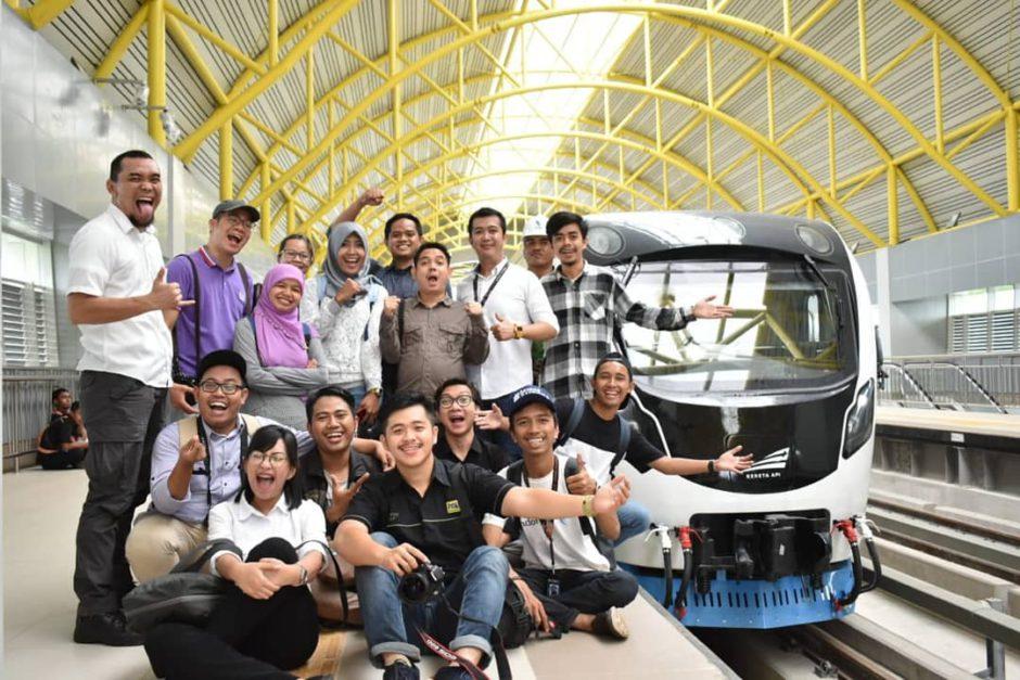 Penumpang LRT di Palembang, Pengalaman Jadi Penumpang Pertama LRT di Palembang, Jurnal Suzannita
