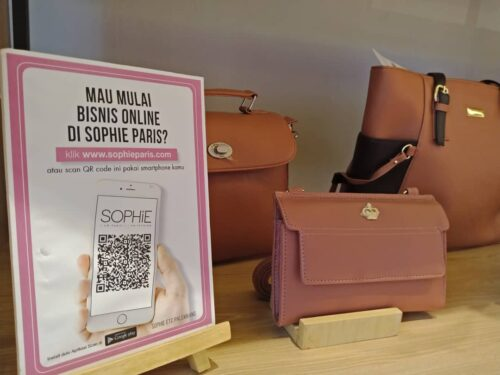 Sophie Paris Tampil trendi dengan fashion terkini, Sophie Paris Tampil Trendi dengan Fashion Terkini, Jurnal Suzannita