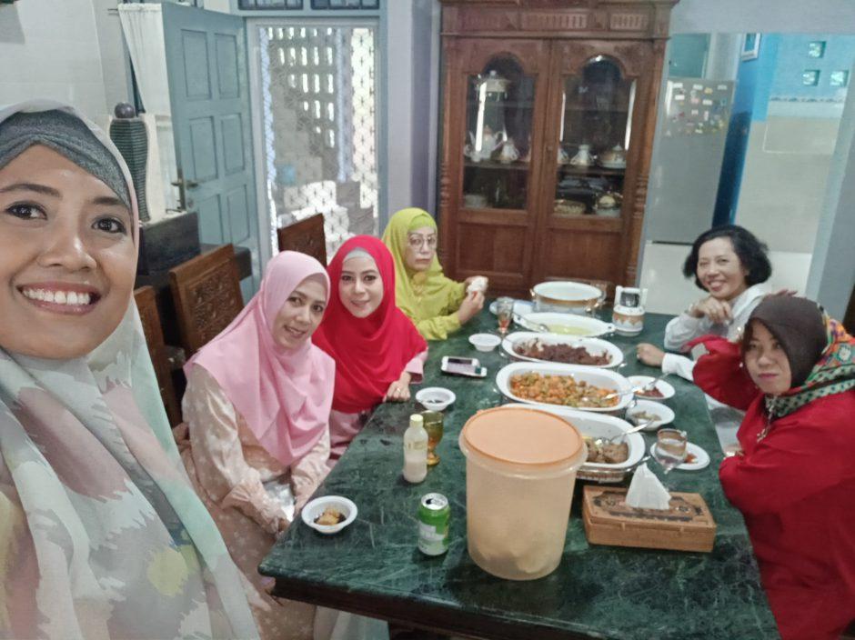 Tradisi Lebaran Palembang, Tradisi Lebaran di Palembang, Jurnal Suzannita