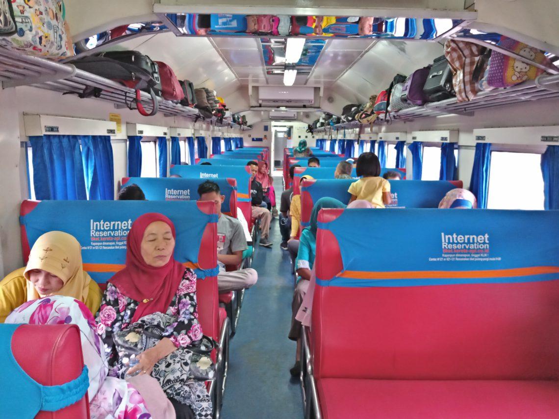 Trik Jitu Mengemas Barang Bawaan dari Kampung Halaman, Trik Jitu Mengemas Barang Bawaan dari Kampung Halaman, Jurnal Suzannita
