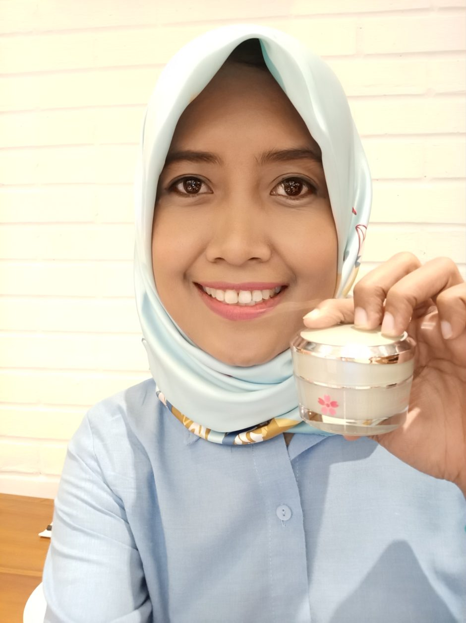 Sakura Collagen Cream Anti Aging, Sakura Collagen Cream Anti Aging | Review, Jurnal Suzannita