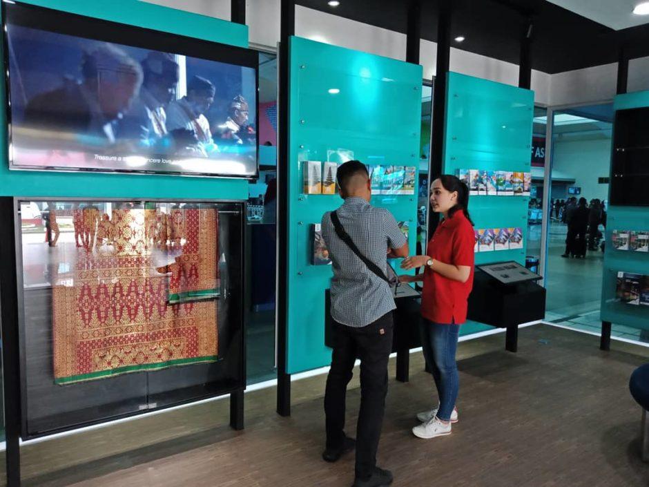 Tourist Information Center Hadir di Bandara SMB II Palembang, Tourist Information Center Hadir di Bandara SMB II Palembang, Jurnal Suzannita