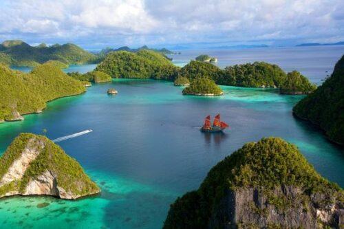 Tempat Wisata Indonesia, Inilah 5 Tempat Wisata Indonesia yang Menghipnotis Turis Asing untuk Mampir, Jurnal Suzannita