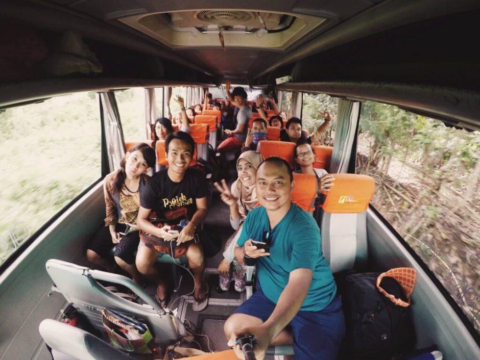 Naik Bus, Road Trip Seru dan Menyenangkan Naik Bus, Jurnal Suzannita