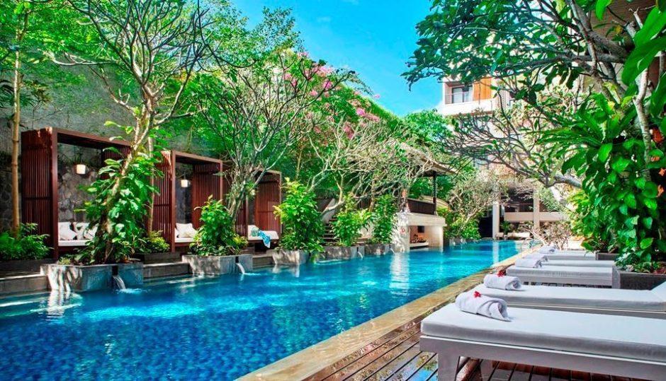 Swimming Pool Jambuwuluk Oceano Seminyak Bali