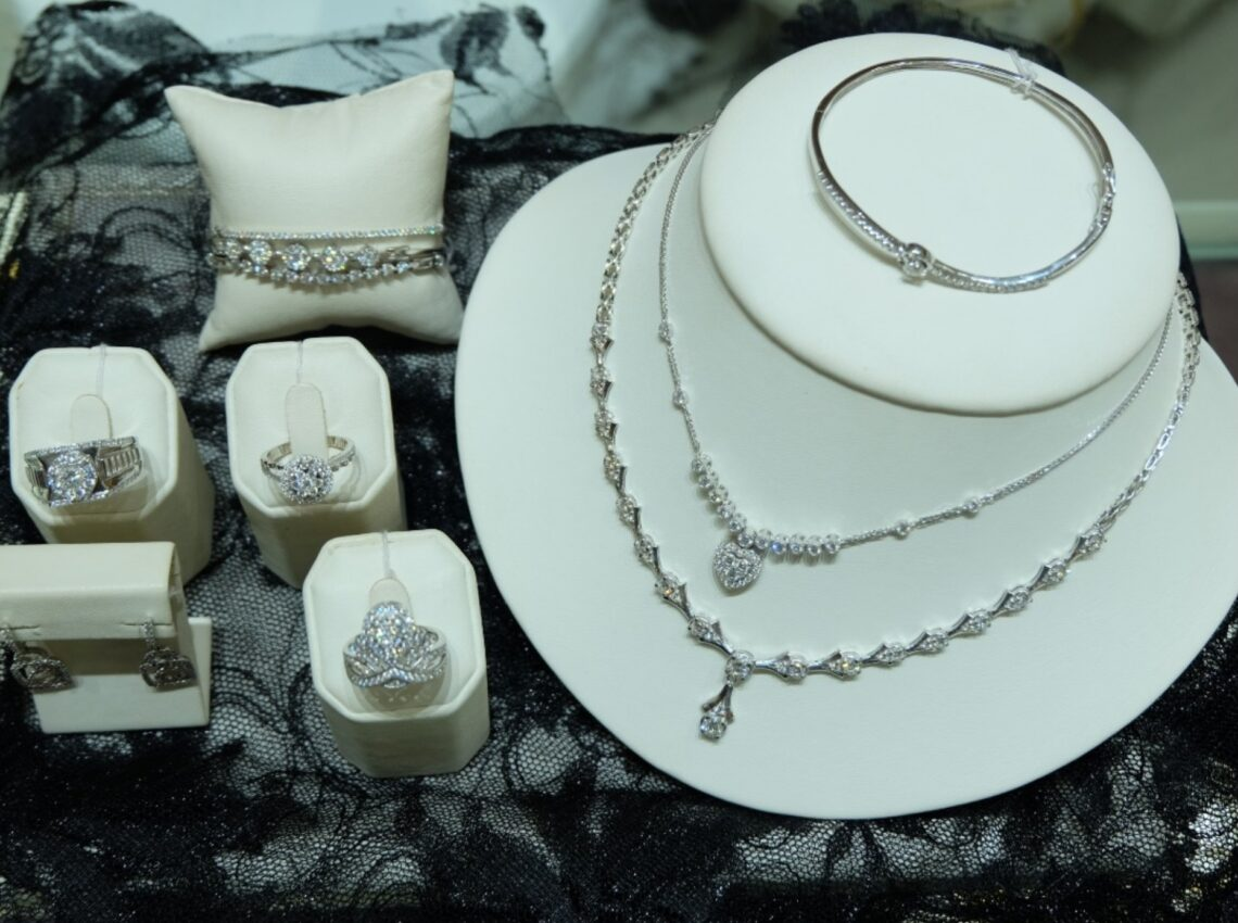 Koleksi Perhiasan Goldmart