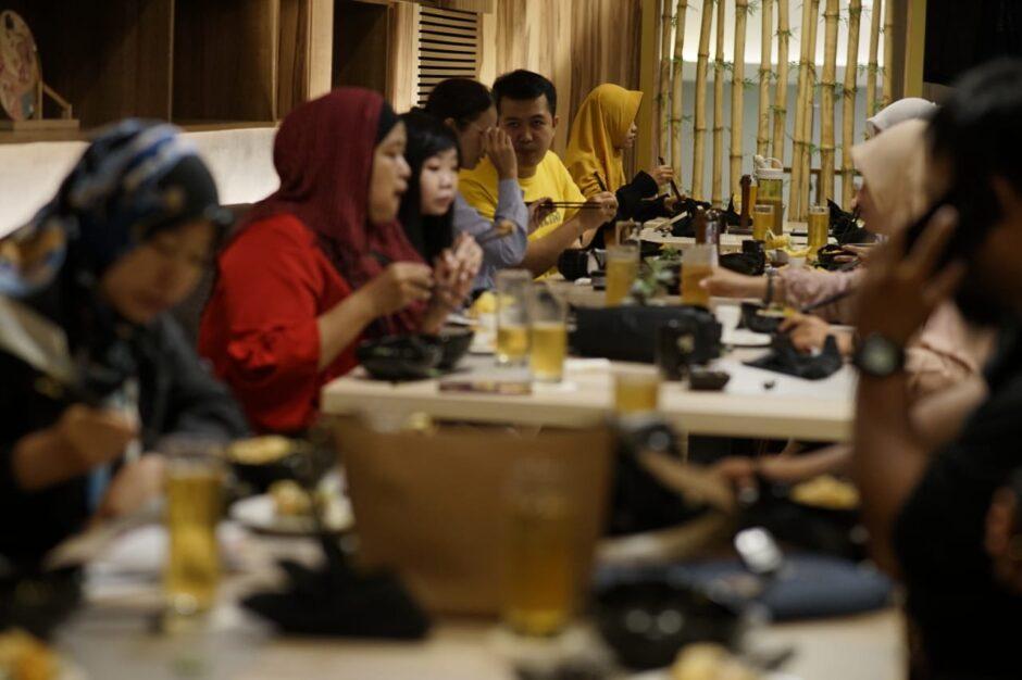 Makan di Ten Ryori The Excelton Hotel Palembang