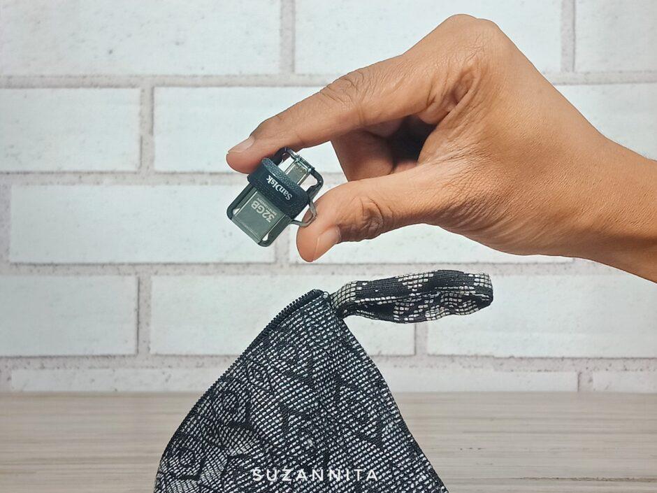 Menyimpan Sandisk Dual Drive OTG