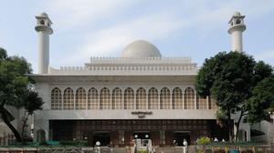 Masjid Kowloon Hongkong Tampak Depan