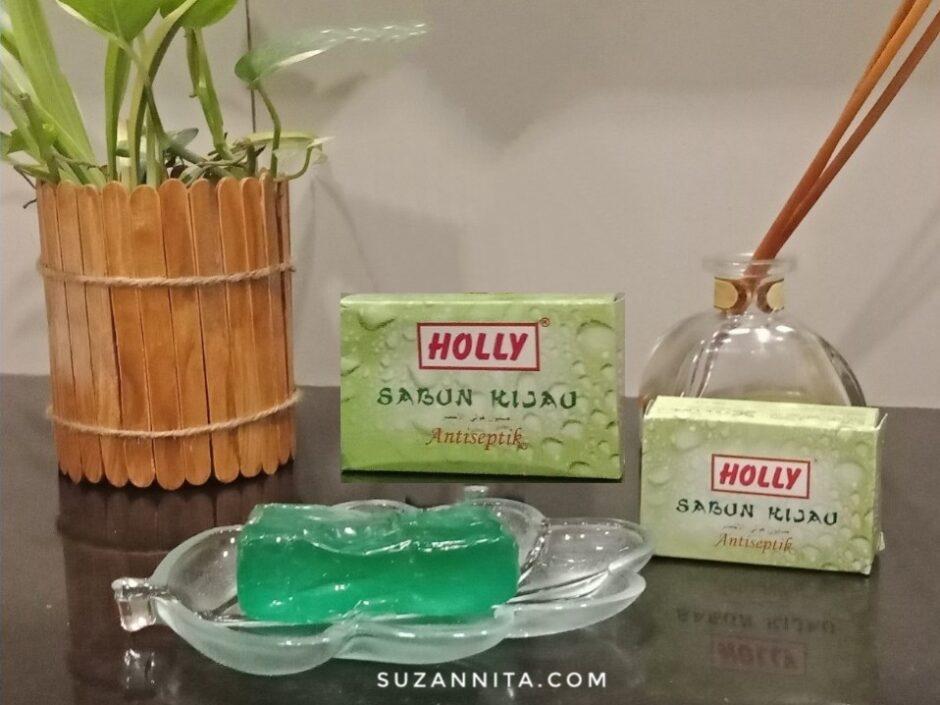 Kemasan Sabun Hijau Holly