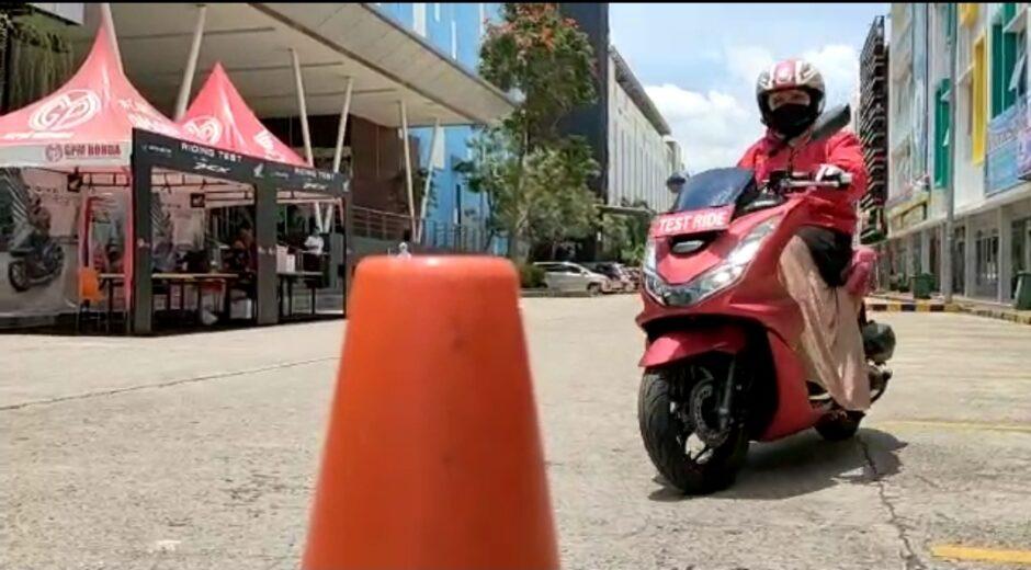 Suzan Test Ride